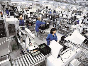 Producătorul de componente auto Hella România afaceri de 3 mld. lei în 2020, minus 8% şi profit de 126,8 mil. lei